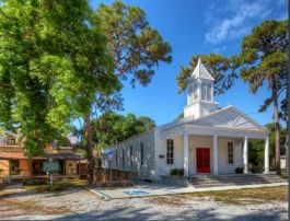 Beautiful shot of our Pioneer Park site by VirtualSarasota